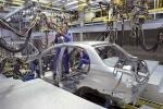 За рік автовиробництво України впало на 37%